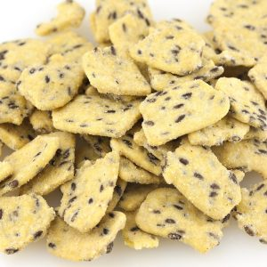 Smoky Cheddar Corn Chips with Flax Seeds-0